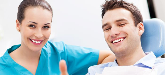 A-Dental-assistant