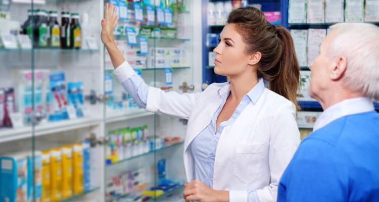 Pharmacy technician woman employee
