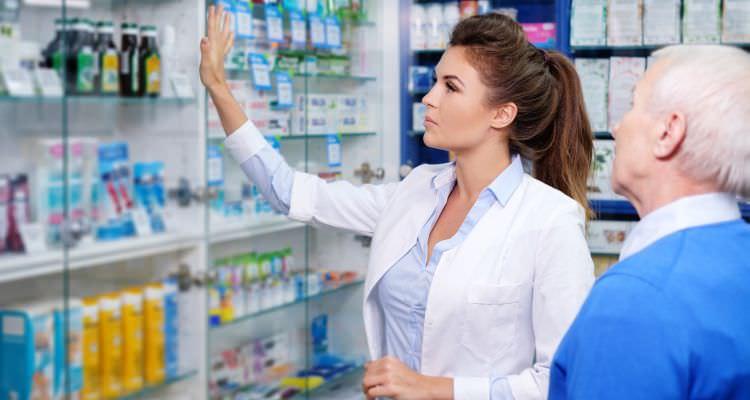 Pharmacy technician woman employee